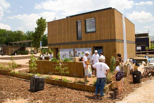 Maison durable, fabriquée sans émission de carbone.