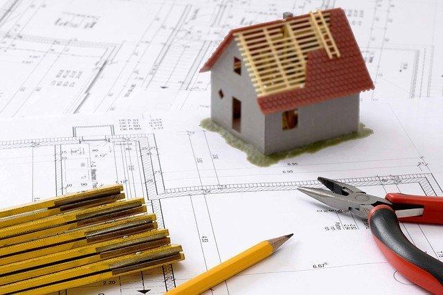 Plans de construction d'une maison.